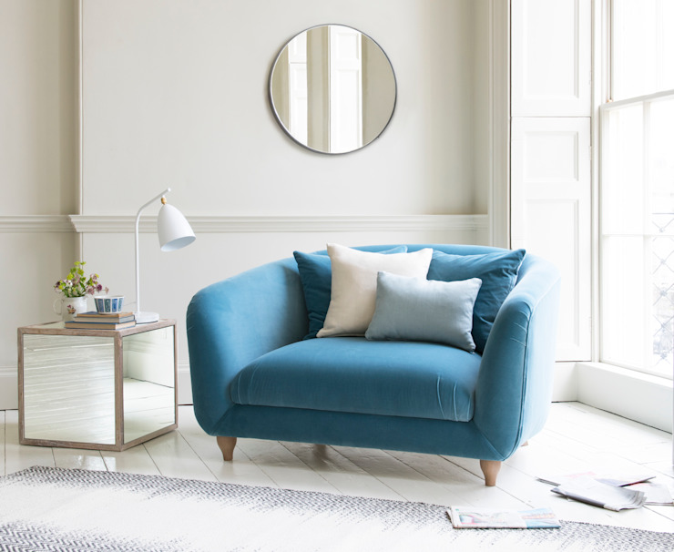 Thankster love seat: classic  by Loaf, Classic
