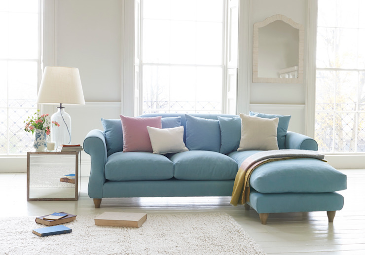 Sloucher chaise sofa: classic  by Loaf, Classic