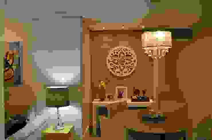 Eclectic style dining room by Alvaro Camiña Arquitetura e Urbanismo Eclectic