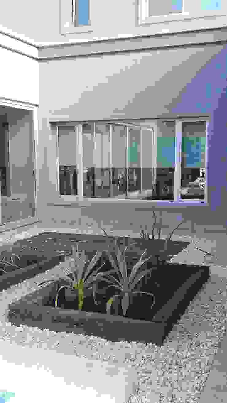 Grupo PZ Casas de estilo moderno