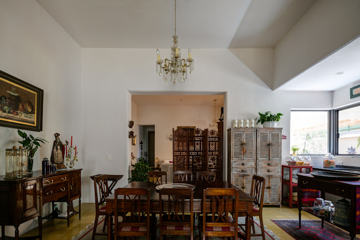 Trama Arquitectos Eclectic style dining room