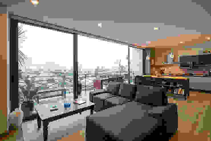 Trama Arquitectos Modern Living Room