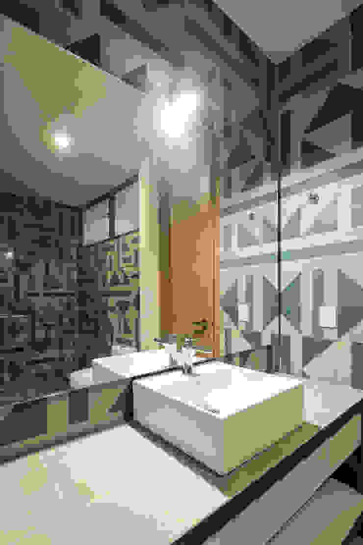Trama Arquitectos Modern Bathroom