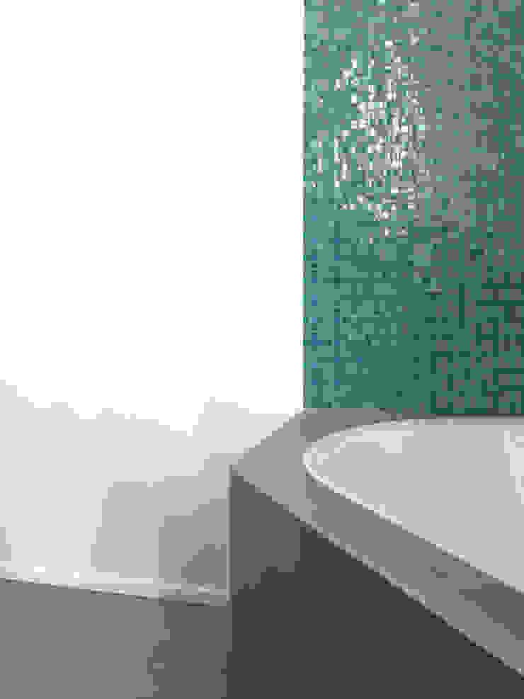 Atelier delle Verdure Modern bathroom Glass Turquoise