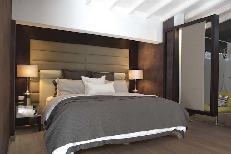 Modern Bedroom by Arq Renny Molina Modern