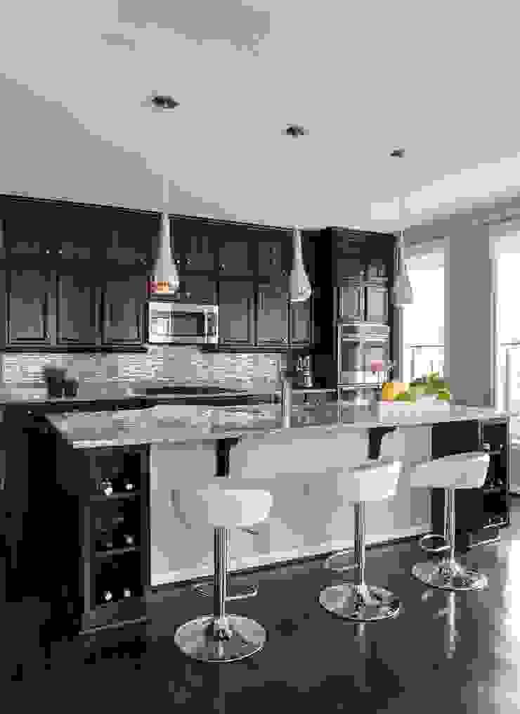 Viva Vogue - Kitchen Lorna Gross Interior Design Modern kitchen