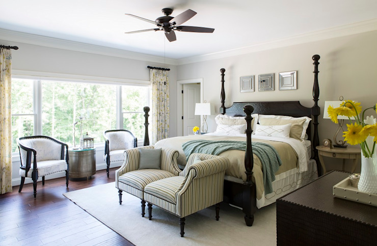 Riverside Retreat - Guest Bedroom Lorna Gross Interior Design Classic style bedroom
