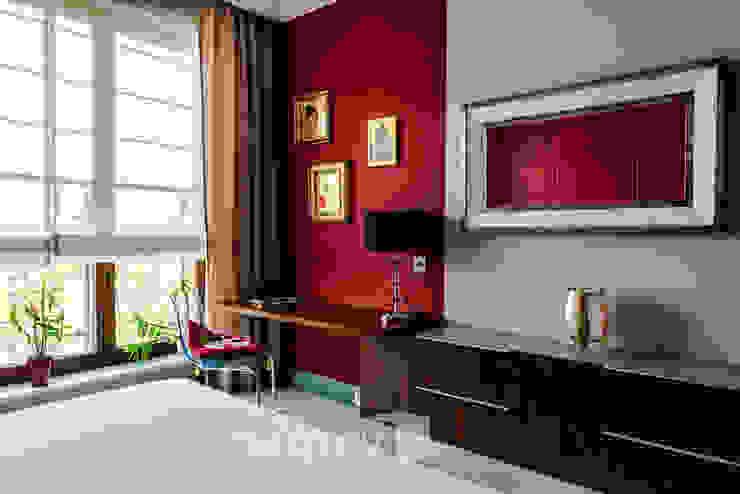 TiM Grey Interior Design Eclectic style bedroom