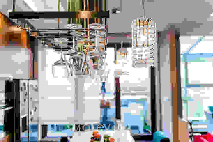 TiM Grey Interior Design Eclectic style kitchen