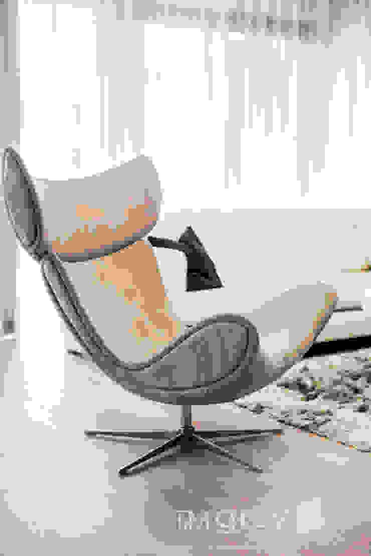 TiM Grey Interior Design Modern living room