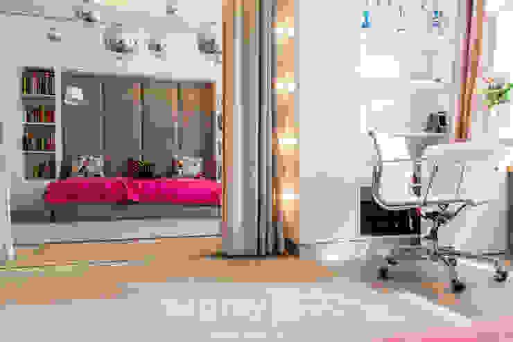 Детская комната в стиле модерн от TiM Grey Interior Design Модерн