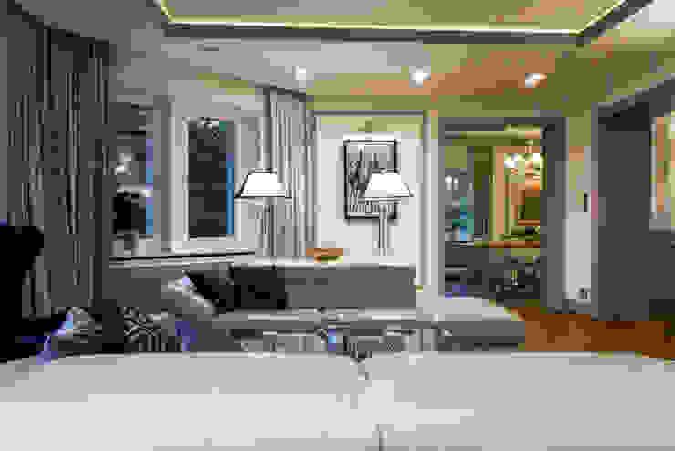 TiM Grey Interior Design Classic style living room