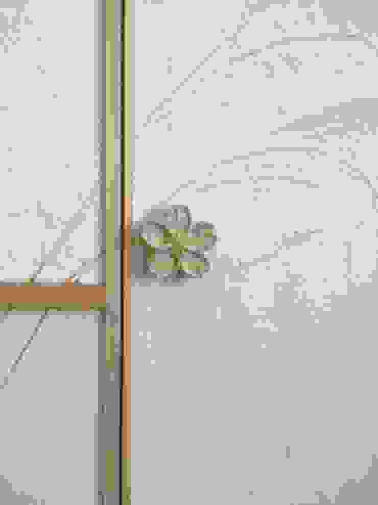 eclectic  by 株式会社KIMURA  bi-Art, Eclectic Wood Wood effect