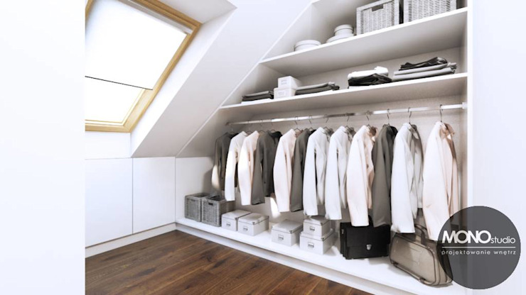 Walk in closet de estilo  por MONOstudio, Moderno