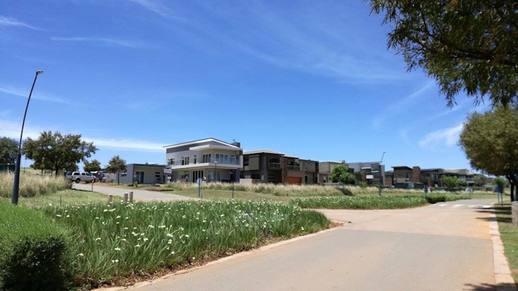Finished House: modern  by Seven Stars Developments, Modern