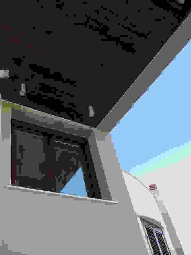overkapping op het terras Mediterrane balkons, veranda's en terrassen van MEF Architect Mediterraan Hout Hout