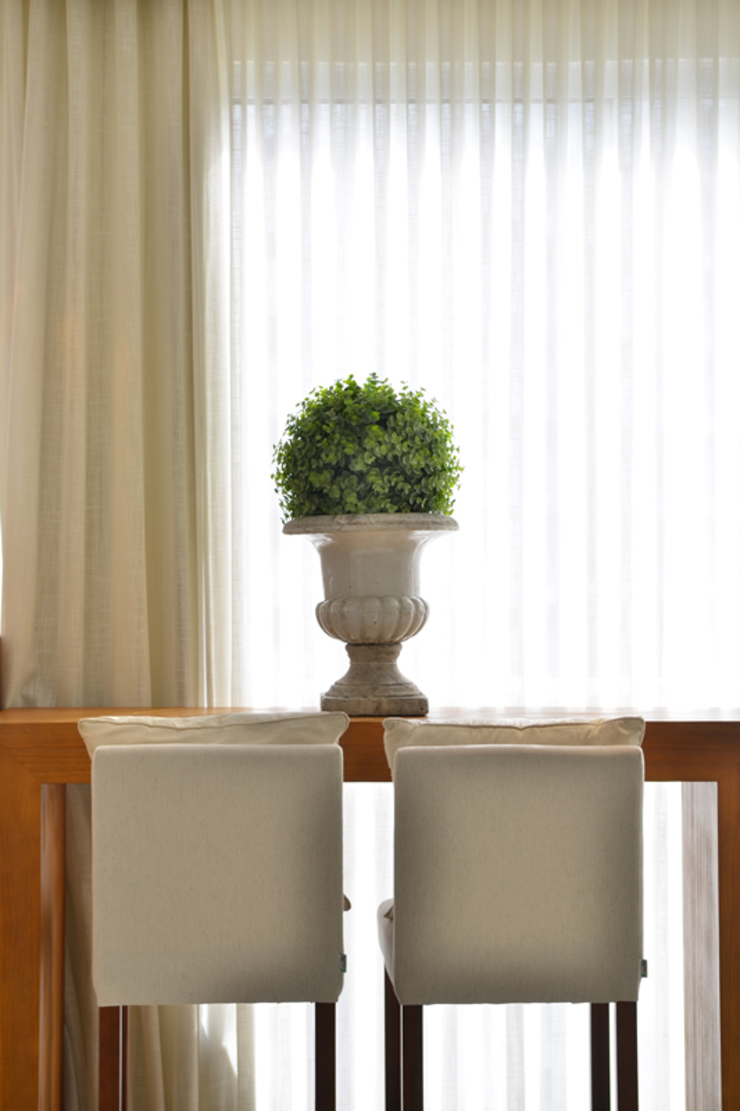 Tweedie+Pasquali Balconies, verandas & terraces Furniture