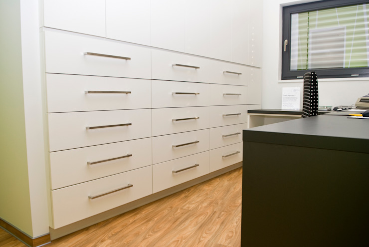 schrankwerk.de Study/officeCupboards & shelving White