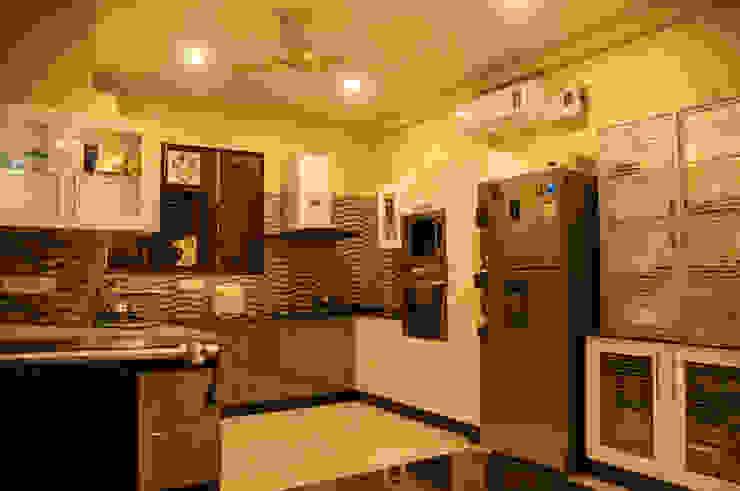 Suryanagar Residence, Bhubaneswar Modern kitchen by Schaffen Amenities Private Limited Modern