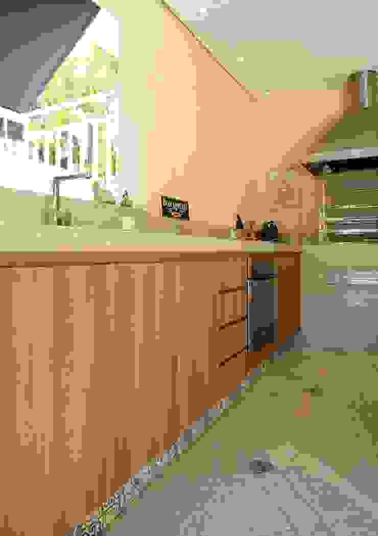Área gourmet Residência Alphaville Residencial 2 Garagens e edículas modernas por Studio 262 - arquitetura interiores paisagismo Moderno