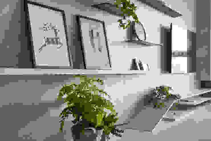 غرفة المعيشة تنفيذ 思維空間設計  , تبسيطي