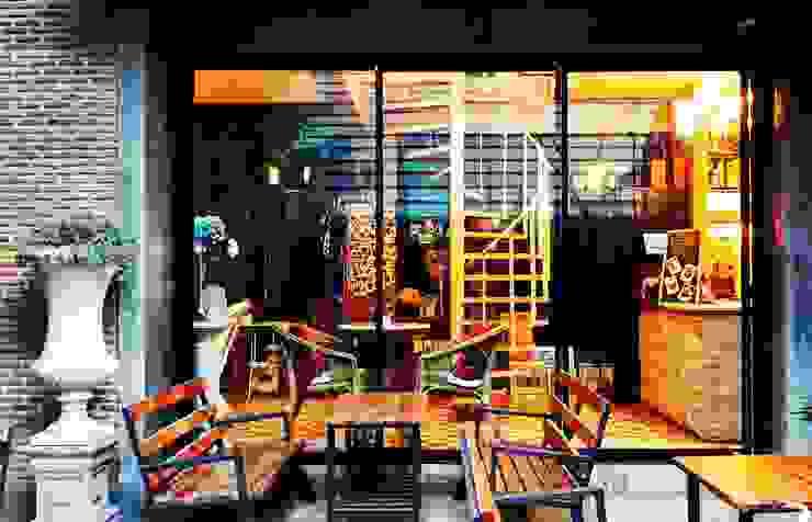 Feel Good CAFFE โดย Yorchang Studio