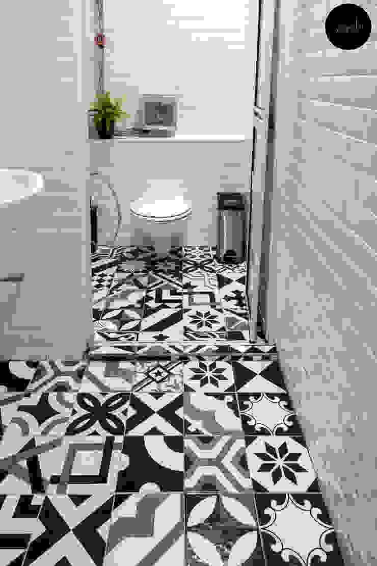 Toilet by Y&T Pte Ltd Rustic