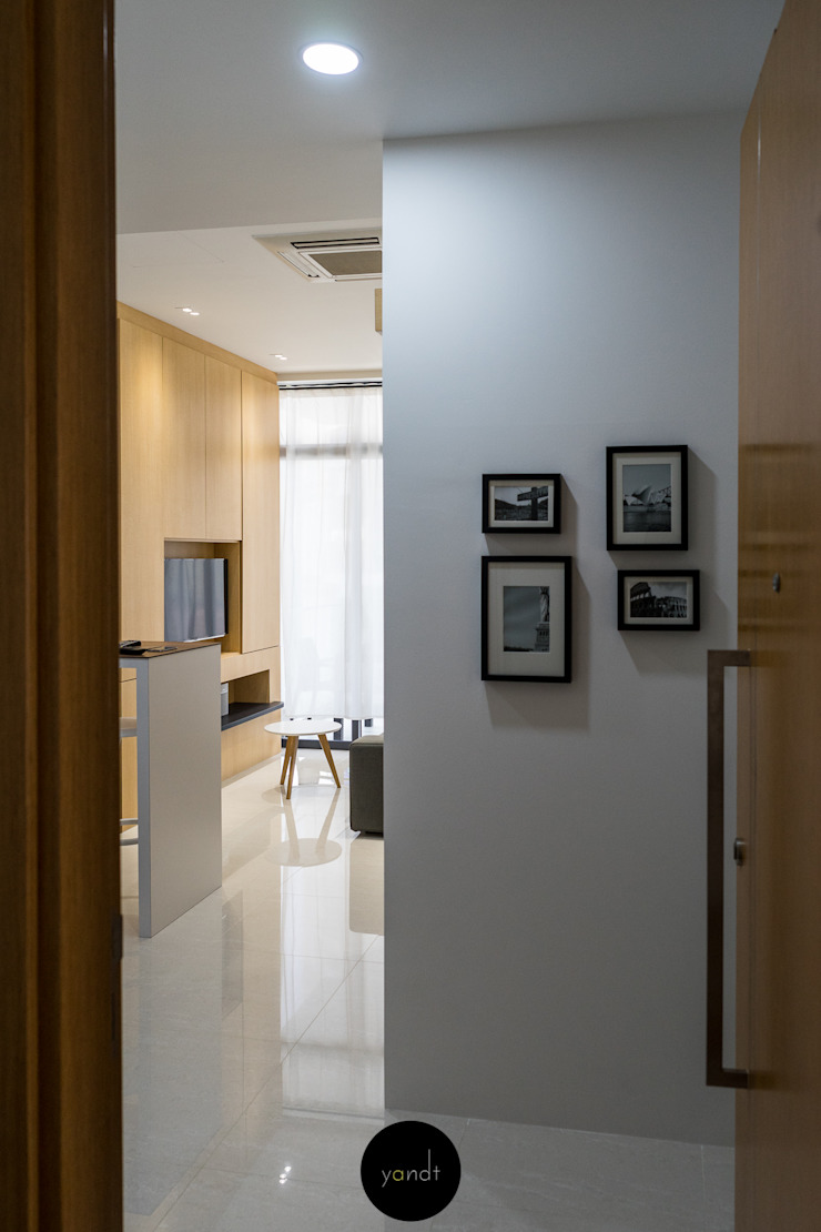 Entrance to the unit Scandinavian style corridor, hallway& stairs by Y&T Pte Ltd Scandinavian