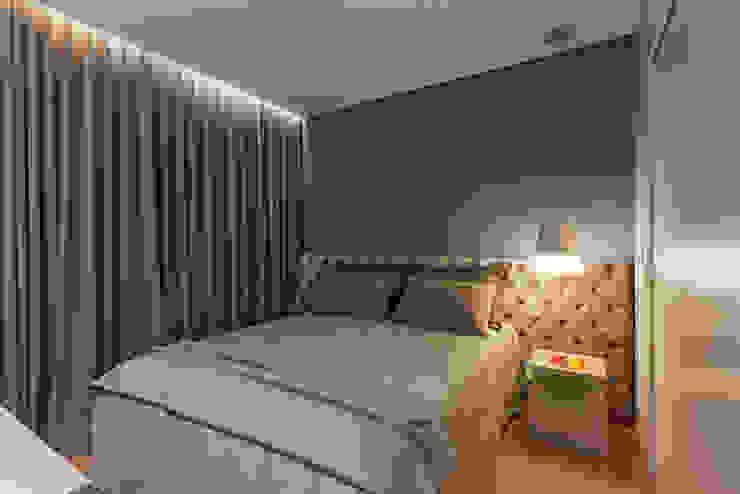 Botti Arquitetura e Interiores-Natália Botelho Dormitorios de estilo moderno Tablero DM Azul