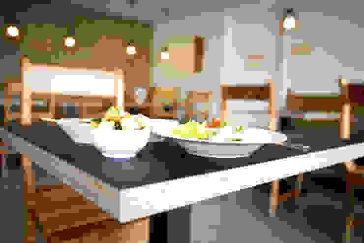 Gastronomy by Ien Interieurontwerp Advies Projectbegeleiding, Asian Wood Wood effect