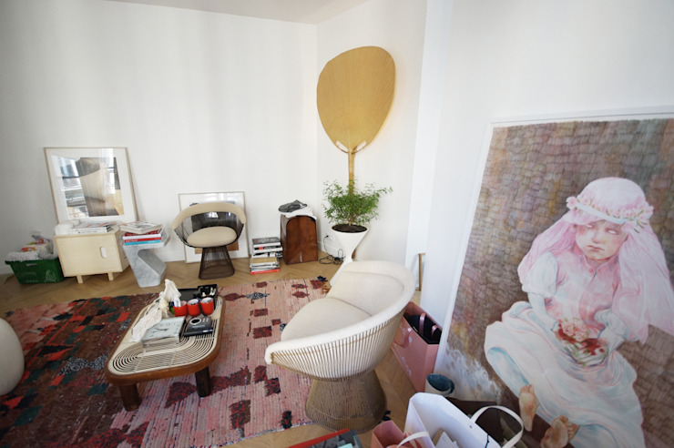 Rénovation appartement Paris, quartier Montmartre: Salon de style  par Grazia Architecture, Moderne