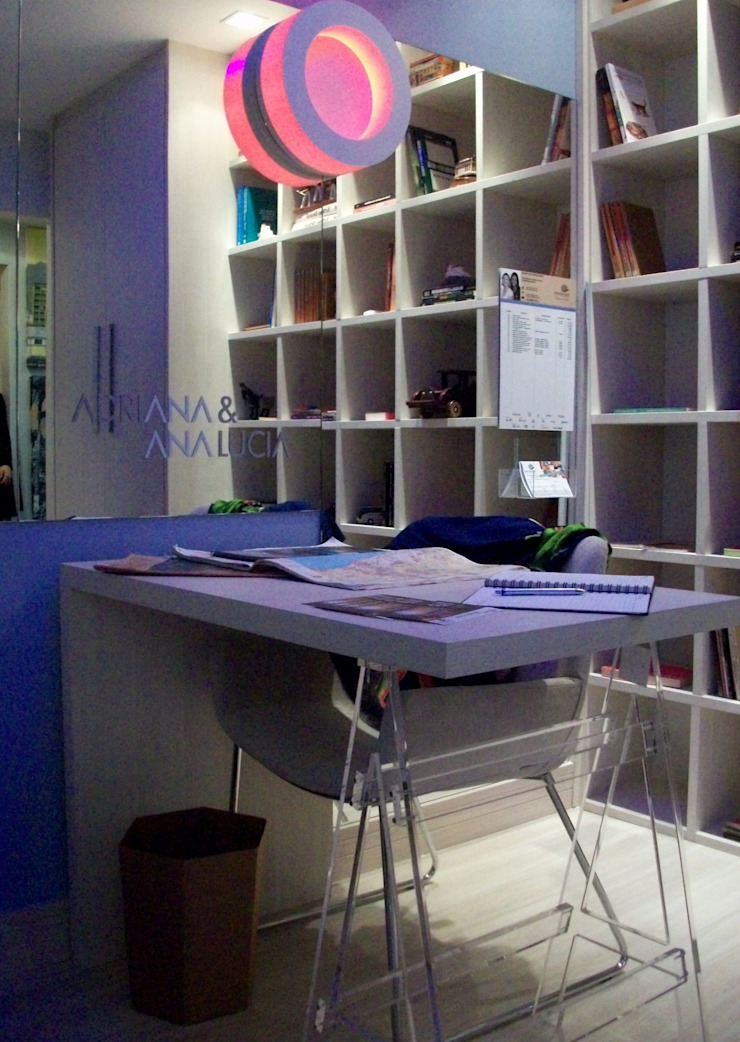 Moderne Schlafzimmer von Adriana Baccari Projetos de Interiores Modern