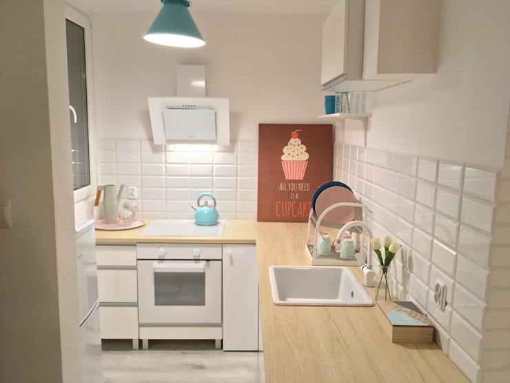 Scandinavian style kitchen by Pasja Do Wnętrz Scandinavian