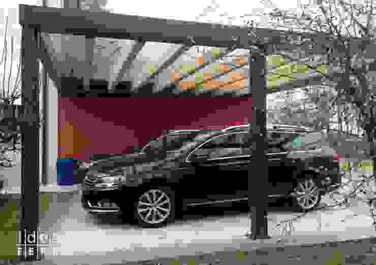 Modern garage/shed by Ideal Ferro snc Modern Iron/Steel