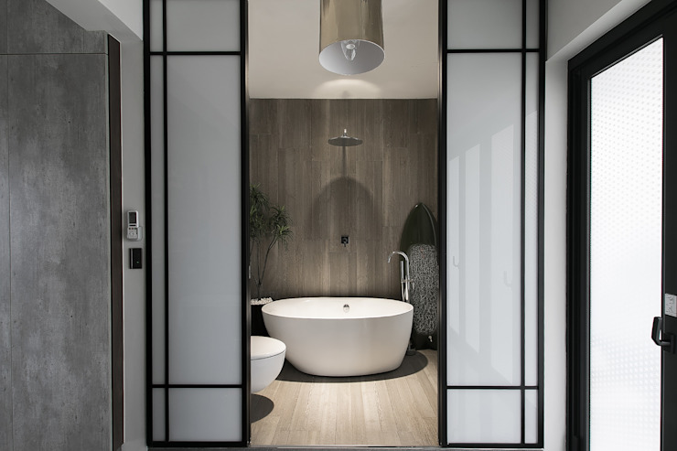NATURALLY 璞碩室內裝修設計工程有限公司 Modern style bathrooms Tiles Grey