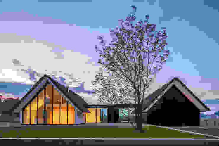 WOONHUIS BERLICUM Moderne huizen van Maas Architecten Modern