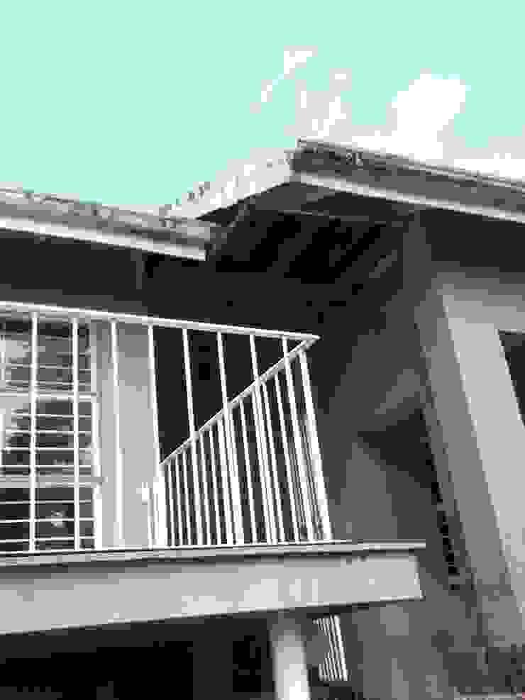 Supply & Fix Minimalist house by Nozipho Construction Minimalist
