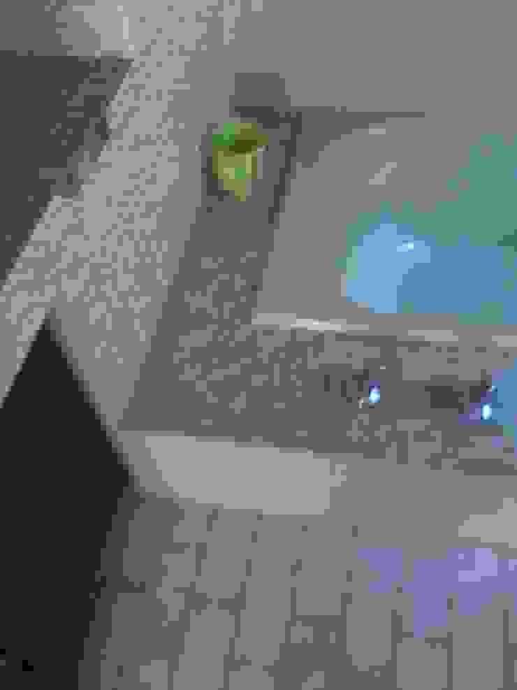 Supply & Fix Minimal style Bathroom by Nozipho Construction Minimalist