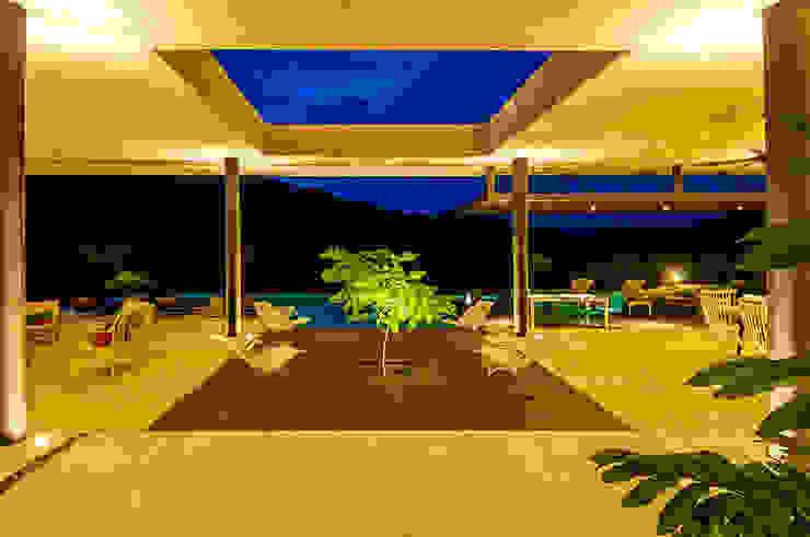 Patio Jardines de estilo moderno de Arquitectura en Estudio Moderno Hormigón