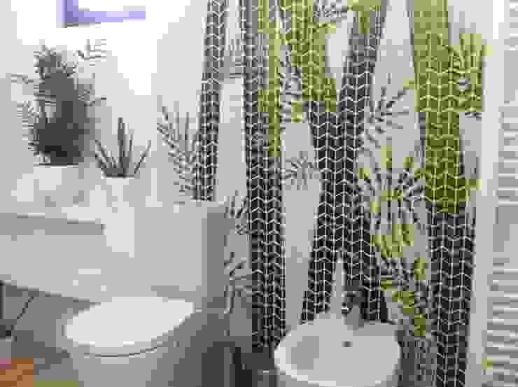 Phòng tắm phong cách nhiệt đới bởi GEMANCO DESIGN SRL Nhiệt đới Gạch ốp lát