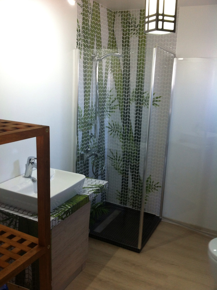 Tropical style bathrooms by GEMANCO DESIGN SRL Tropical Tiles