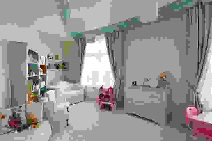 Dormitorios infantiles de estilo moderno de Студия дизайна интерьера в Москве 'Юдин и Новиков' Moderno