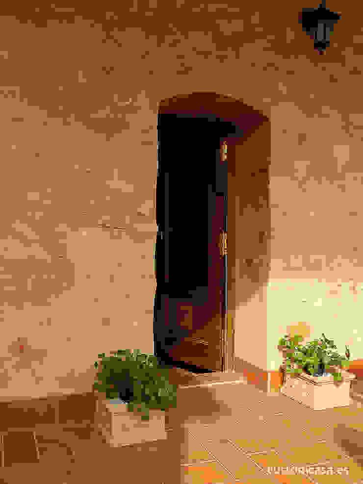 custom casa home staging Walls