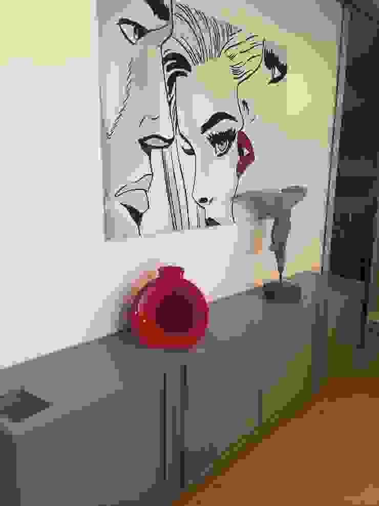 Adami|Zeni Ingegneria e Architettura Dining roomAccessories & decoration Grey