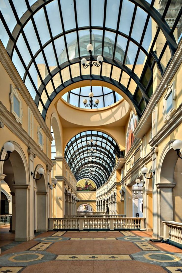 Creativo Design Space Cotefa.ingegneri&architetti Centri commerciali in stile classico