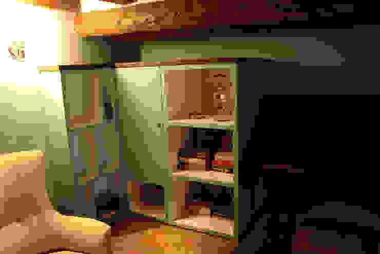 Classic style study/office by Giorgio Gravina Classic