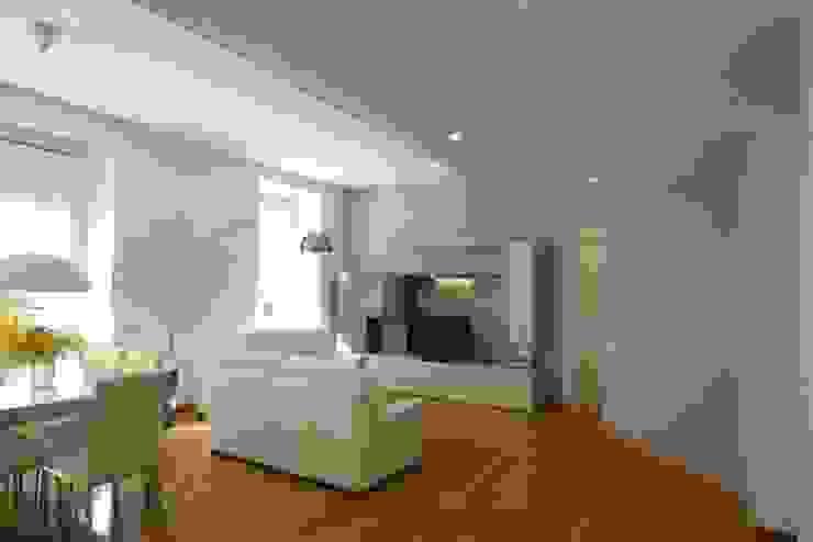 Minimalistische woonkamers van Laura Pistoia architetto Minimalistisch