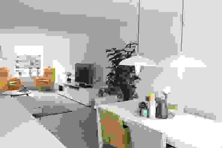Compleet interieurontwerp met begeleiding en styling Moderne eetkamers van JO&CO interieur Modern
