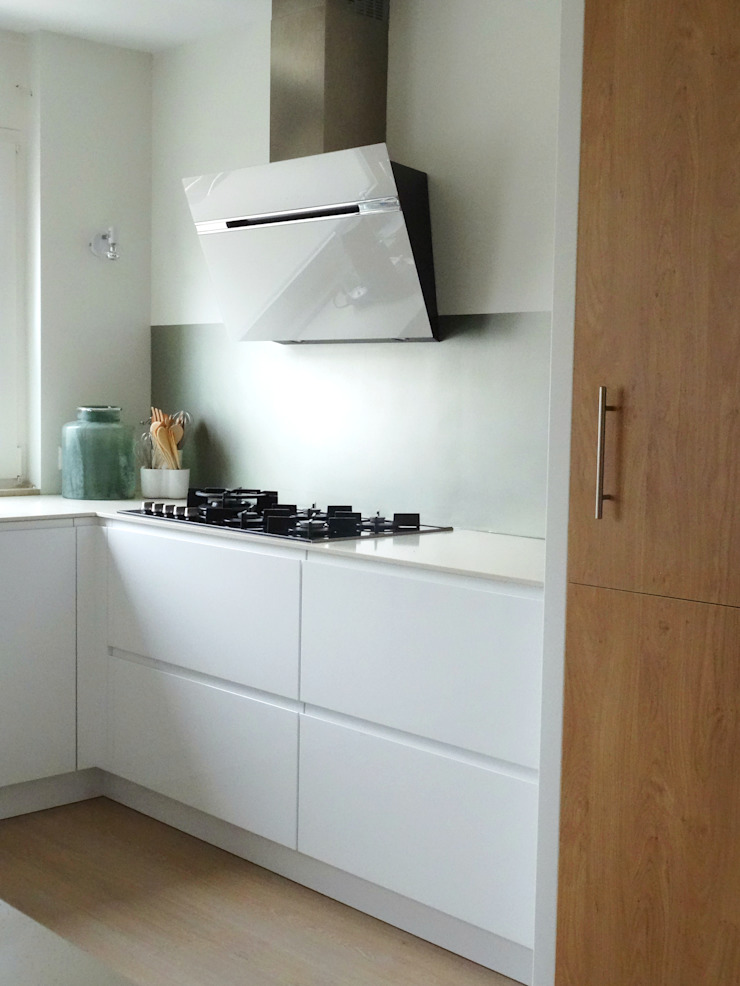 Compleet interieurontwerp met begeleiding en styling Moderne keukens van JO&CO interieur Modern