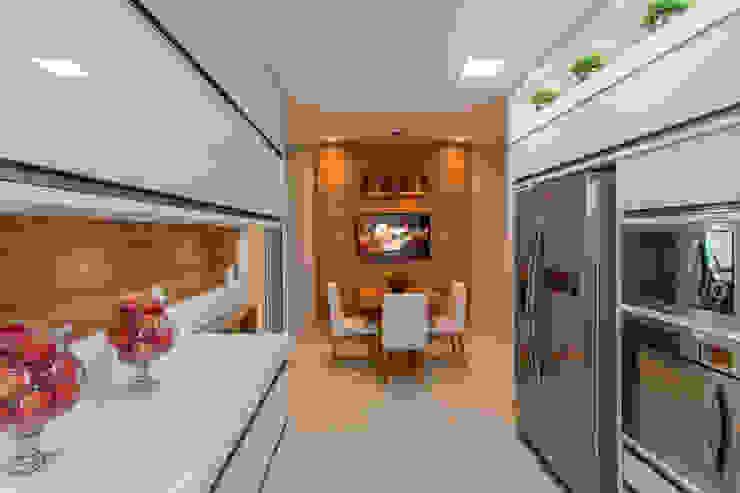 Modern Kitchen by Designer de Interiores e Paisagista Iara Kílaris Modern Wood Wood effect